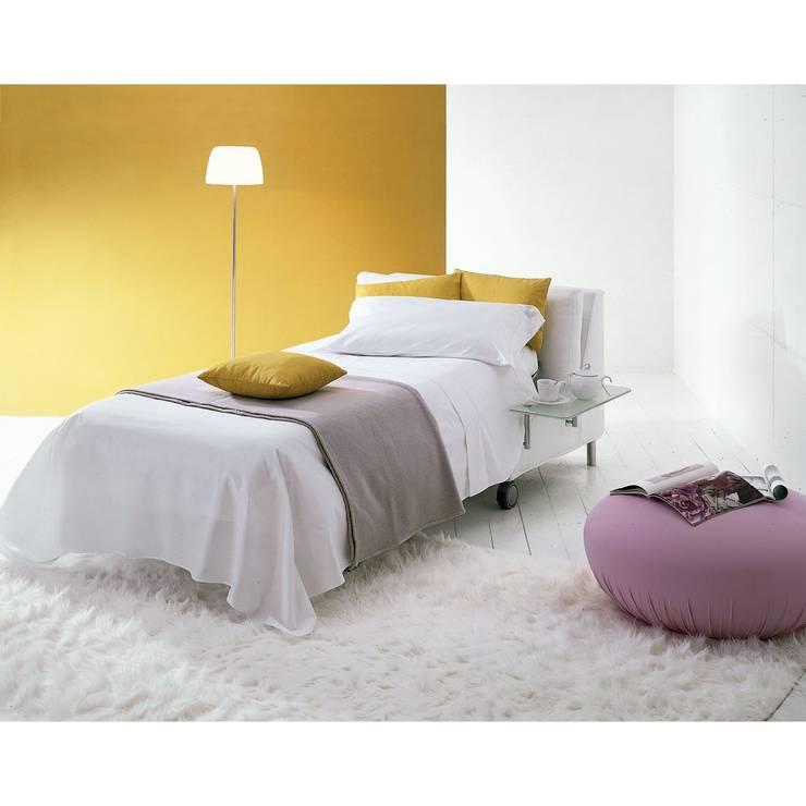 Sofá cama Dado: Hogar de estilo  de Ociohogar