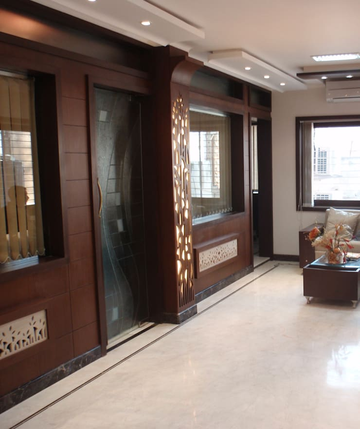 financers office:  Office spaces & stores  by mahak impressions