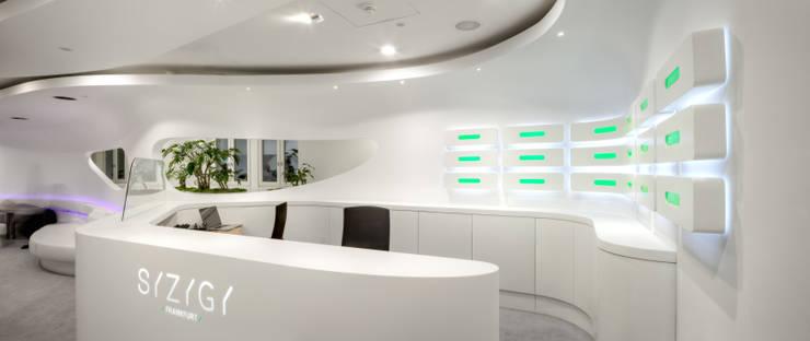 SYZYGY - Frankfurt am Main:  Arbeitszimmer von 3deluxe,
