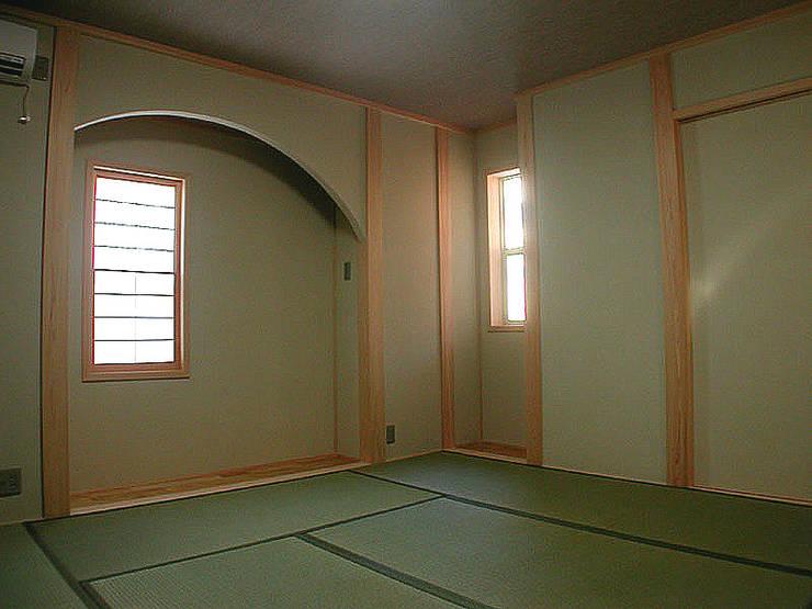 和室: 溝口建築設計が手掛けた和室です。,インダストリアル