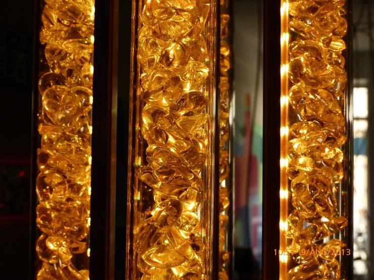 Kristallnuggets:   von Chillout Lichtdesign