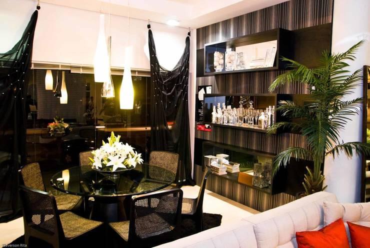 Sala de Jantar: Salas de jantar ecléticas por Aline Silva Arquitetura