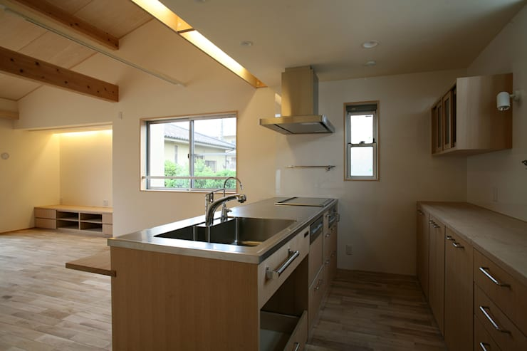 キッチン: 八島建築設計室が手掛けたキッチンです。,
