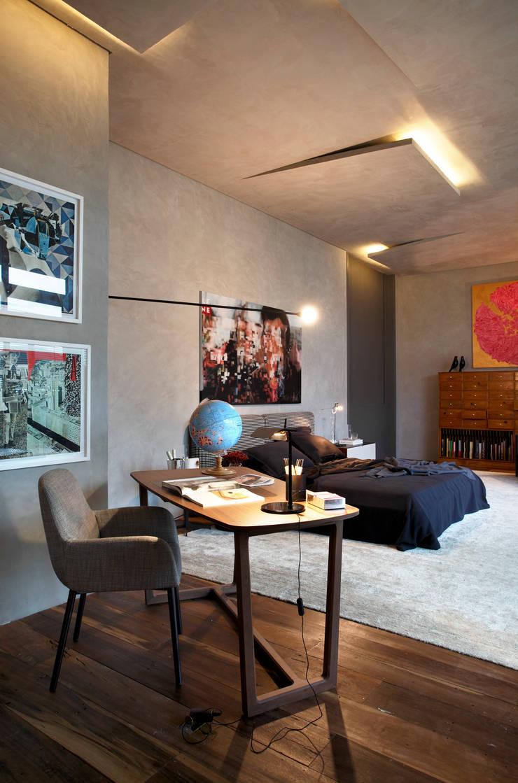 Casa Cor 2013: Quartos  por Gisele Taranto Arquitetura,
