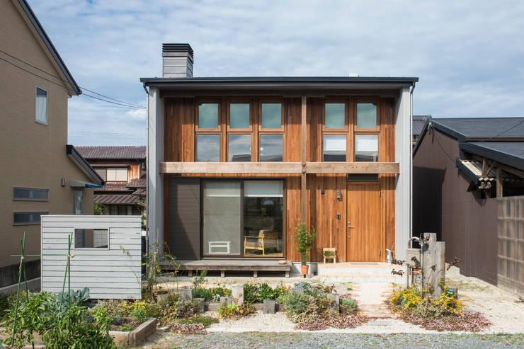 Rumah by Sola sekkei koubou