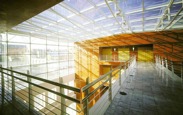 Corso I Karlin:  de estilo  de Ricardo Bofill Taller de Arquitectura
