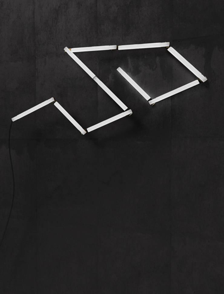 Pyxis – Lumière et Forme: Art de style  par Liberty Adrien