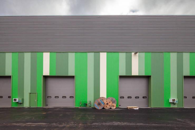BA 105: Bureaux de style  par JB Lacoudre Architectures