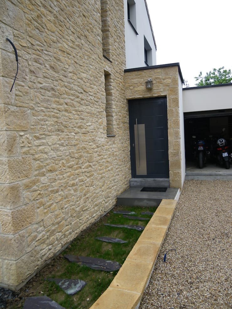 ALCOVE: Maisons de style  par èk Architectes & Designers