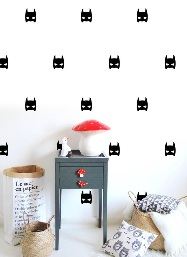 Stickers muraux masques héros noir: Chambre d'enfants de style  par pöm