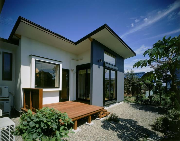 外観 モダンな 家 の 牧野建築計画 モダン