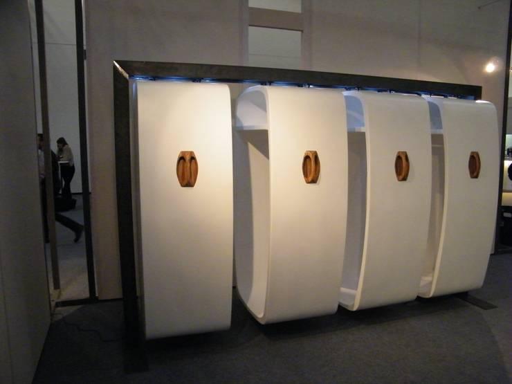 Coccon: moderne Ankleidezimmer von spozal deluxe