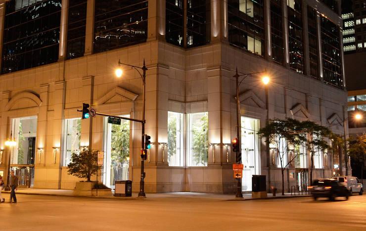 77 west wacker drive:  de estilo  de Ricardo Bofill Taller de Arquitectura