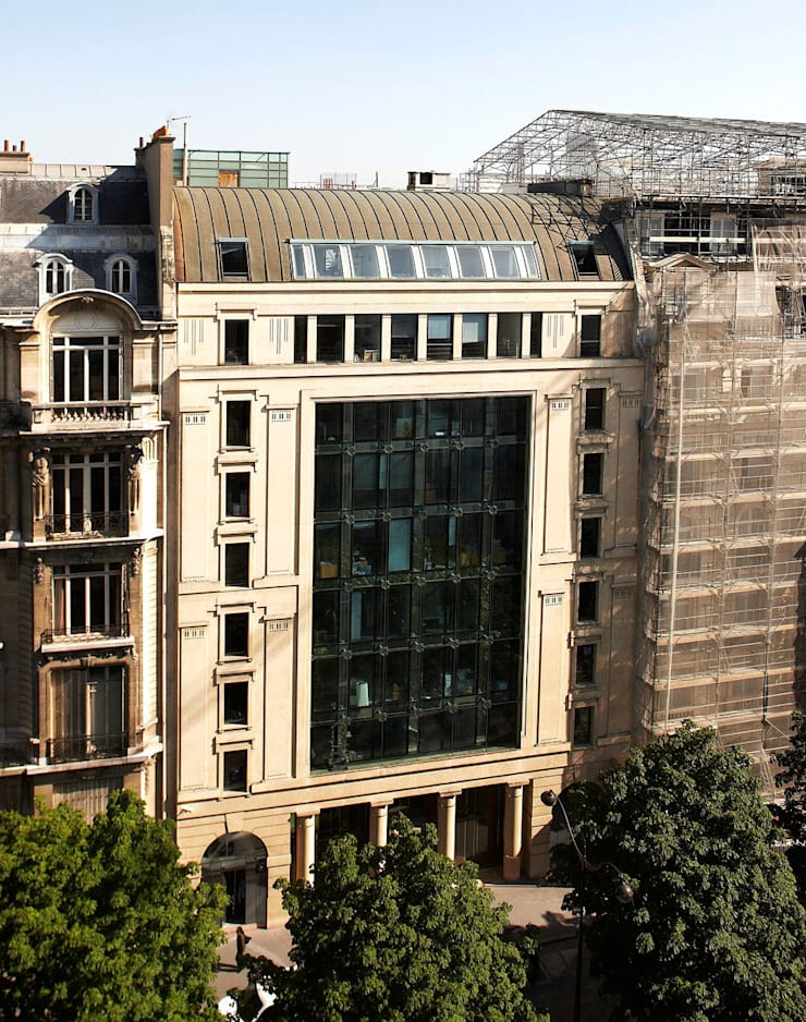 Parfums Christian Dior Headquarters:  de estilo  de Ricardo Bofill Taller de Arquitectura