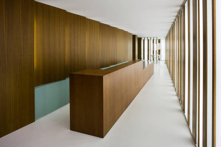 interiorismo: Cocinas de estilo  de Arquitectura e Interiorismo en Cadiz