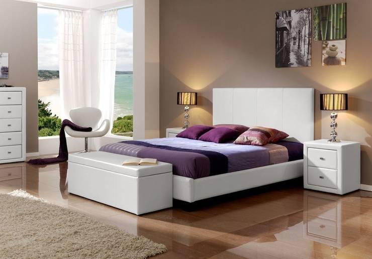Cama Tapizada Moderna Loup: Dormitorios de estilo  de Ámbar Muebles