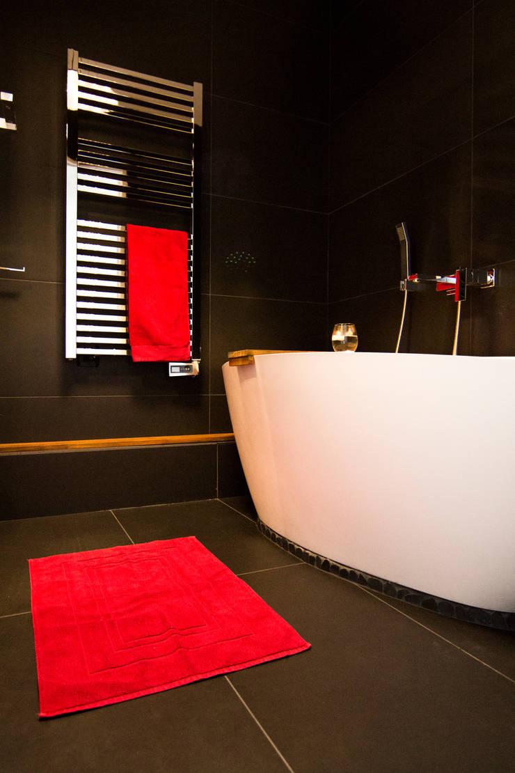 Salle de Bain: Salle de bains de style  par Anne Martins Design