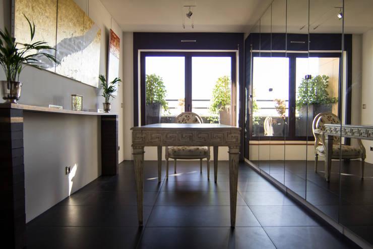Bureau: Salle de bains de style  par Anne Martins Design