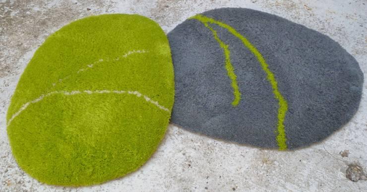 Tapis Galets-coussins 100% laine couleur: Maison de style  par RECTANGLE D'OR