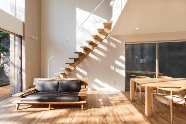 船橋の家: 秦野浩司建築設計事務所が手掛けた家です。
