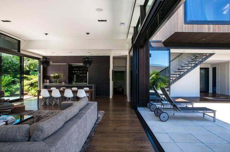 Wohnzimmer von Dorrington Atcheson Architects