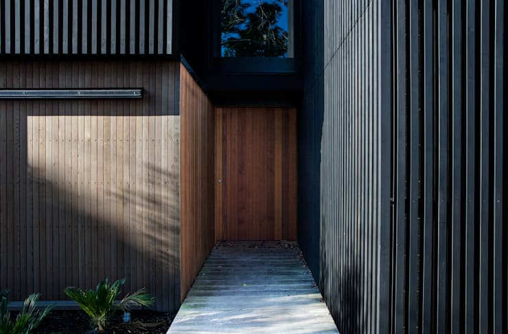 Ventanas de estilo  por Dorrington Atcheson Architects