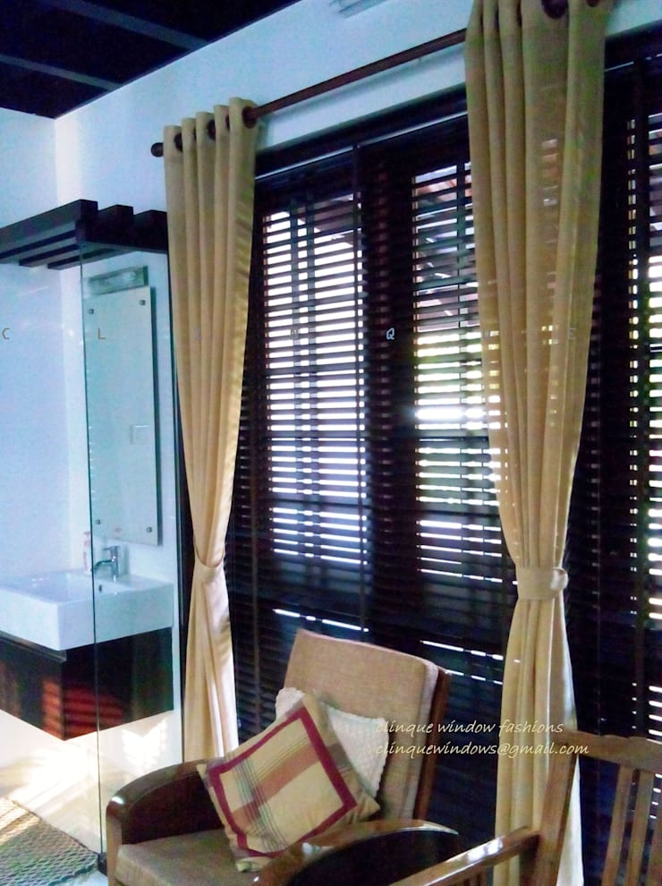 Wooden Blinds With Curtains:  Windows & doors  by Clinque window blind systems