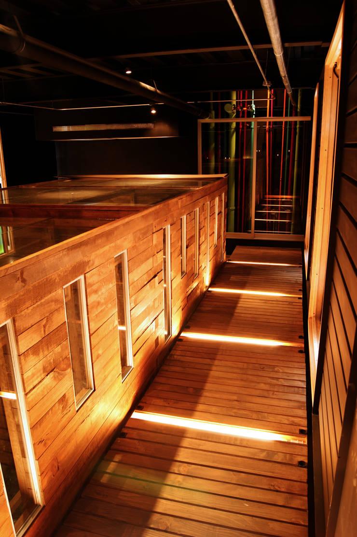 The Contemporary Music School:  de estilo  por Boutique de Arquitectura  (Sonotectura + Refaccionaria)
