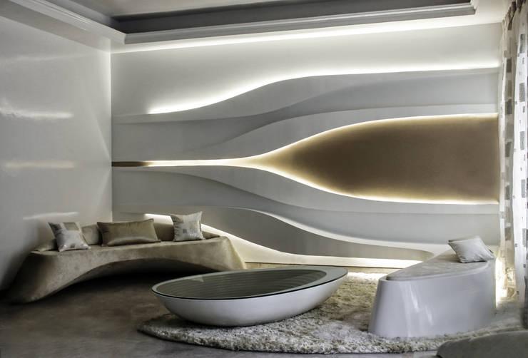 Undulating Living:  Living room by Studio Symbiosis