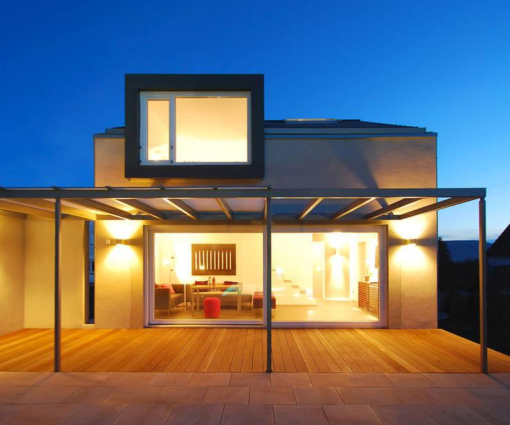 PRIVATES BADE- U. FITNESSHAUS:   von Althaus Architekten BDA - Ludwig & Christopher Althaus, Dipl.-Ing. Architekten