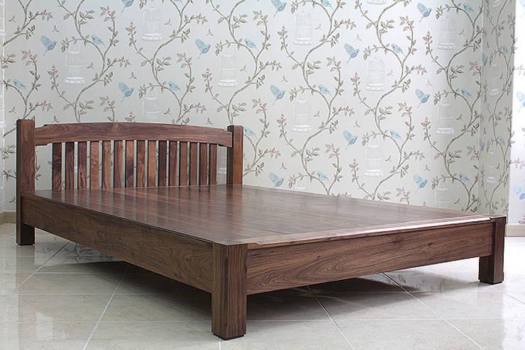 침대: 브라운스토리의  침실
