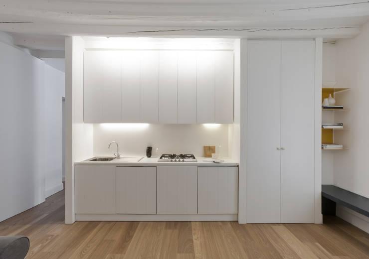 modern Houses by Fabio Azzolina Architetto