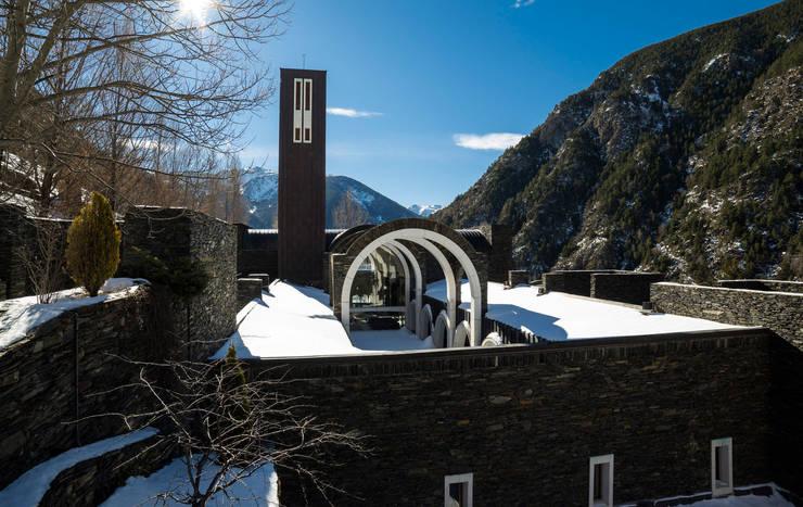 The Meritxell Shrine:  de estilo  de Ricardo Bofill Taller de Arquitectura