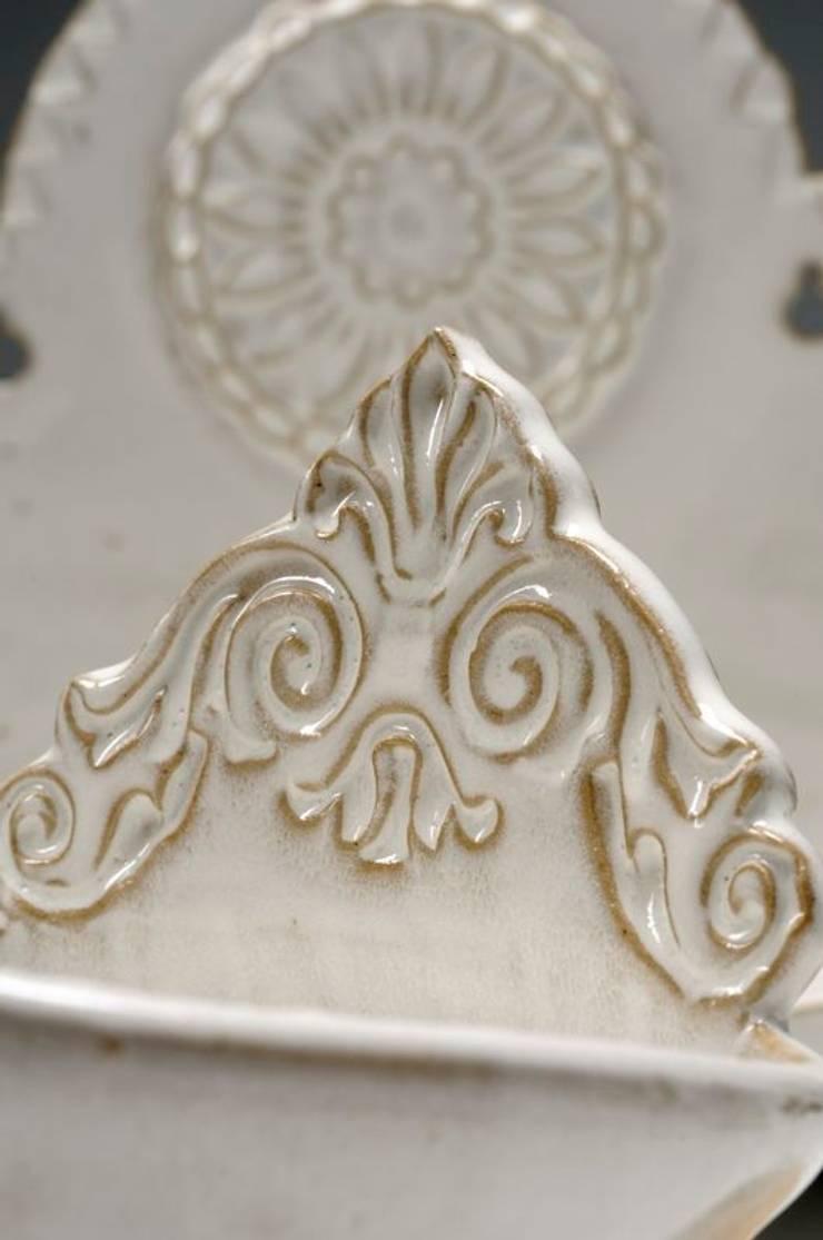 Décor Porte-savon: Salle de bain de style  par Nine Céramique