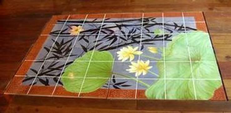 Tapis de sol bassin aux Lotus: Murs & Sols de style  par un vent de tous les diables