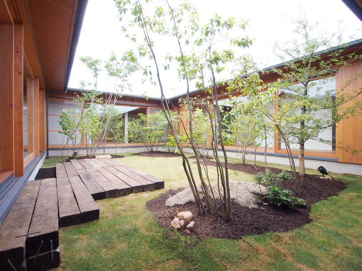 三本松の家 (House in Sanbonmatsu): gramdesignが手掛けた庭です。