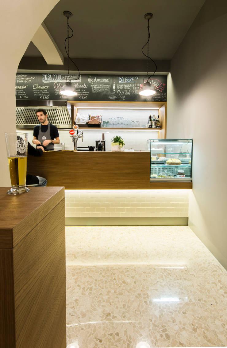 Restaurantes de estilo  por Maranco Architetti, Industrial
