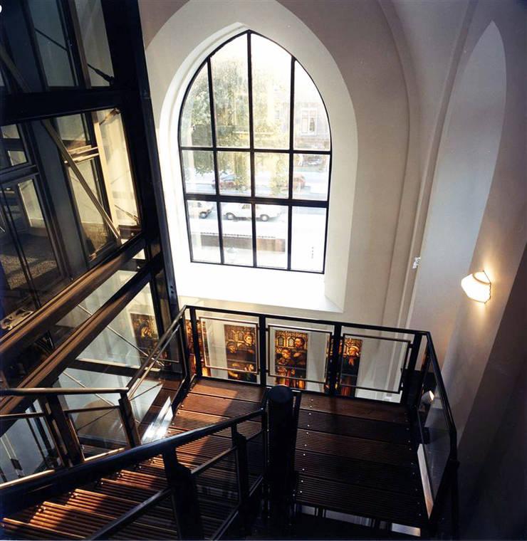 appartementen in Vituskerk te Bussum:   door BRON architectuur