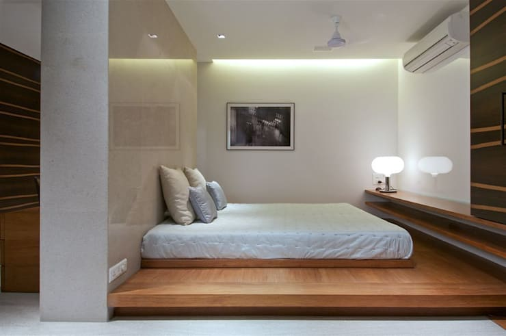 mumbai penthouse 2:   by Rajiv Saini & Associates