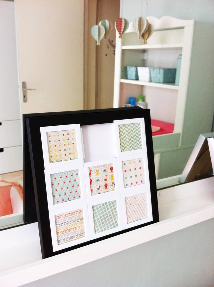 Element de décoration le long du miroir: Chambre d'enfant de style  par Judith Wolff Architecte d'intérieur