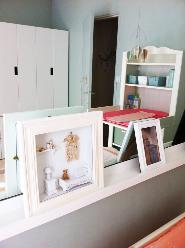 Cadres: Chambre d'enfant de style  par Judith Wolff Architecte d'intérieur
