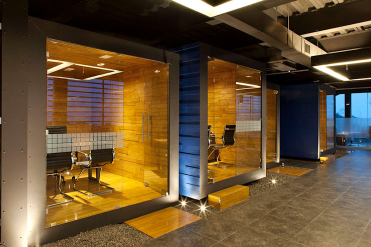 by Boutique de Arquitectura  (Sonotectura + Refaccionaria)