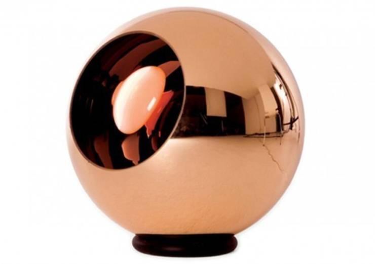 Lampe Copper - Tom Dixon: Maison de style  par Astéri