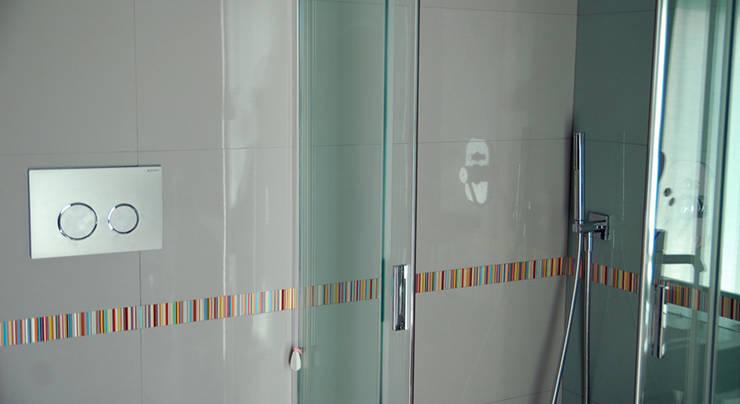 Ristrutturazione Appartamento e Interior Design: Case in stile  di Pika Architetti