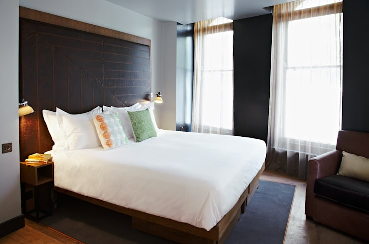 Hoxton Hotel, Holborn:  Bedroom by Ennismore