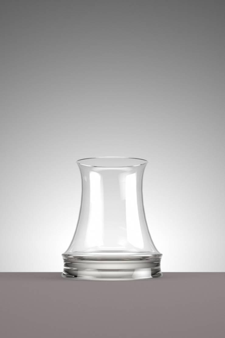 Whiskey: minimalistische Eetkamer door Hozan Zangana studio