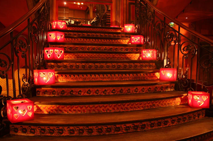Décoration de l'escalier: Restaurants de style  par PEDRO MIGUEL