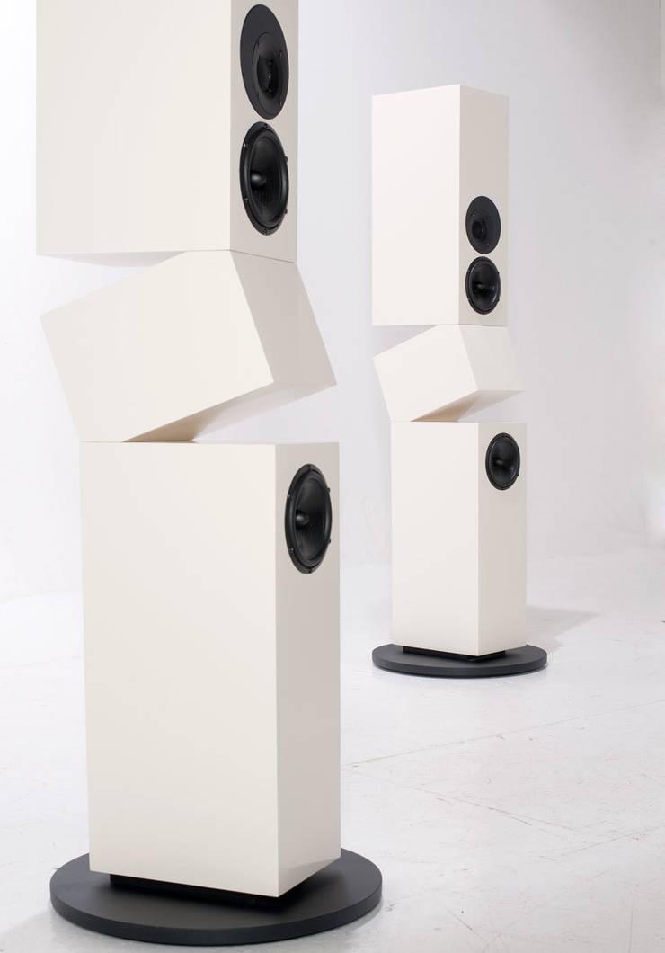 minimalist  by Kompatibel Design, Minimalist