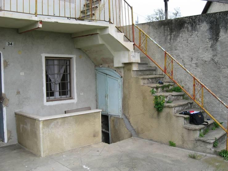 Risanamento conservativo baita:  in stile  di Architetto Igor Flis