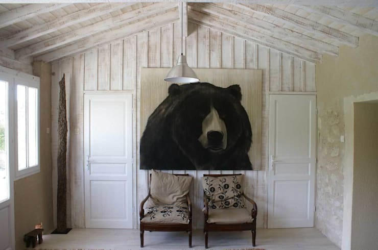 Homes In-situ animal paintings by Thierry Bisch: Couloir et hall d'entrée de style  par Thierry Bisch - Peintre animalier  - Animal Painter